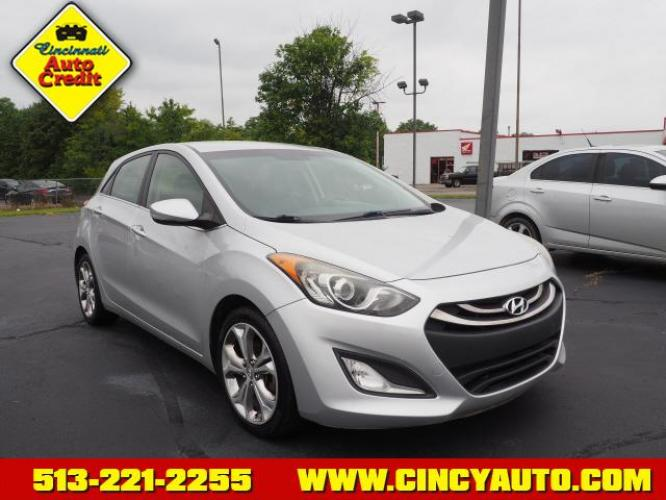 2014 Shimmering Silver Hyundai Elantra GT Base (KMHD35LH1EU) with an 2.0 4 Cylinder Fuel Injected engine, 6-Speed Manual transmission, located at 5489 Dixie Highway, Fairfield, OH, 45014, (513) 221-2255, 39.333084, -84.523834 - Photo #0